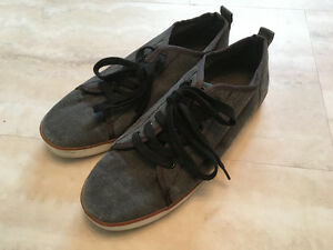 Mens size 8 Canvas shoes MARKS WORK WAREHOUSE