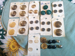 Le chic,Older buttons