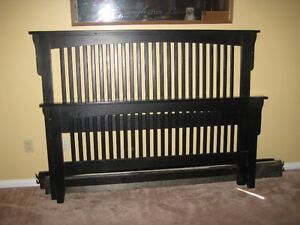 Queen bed (black) Kawartha Lakes Peterborough Area image 2
