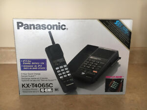 Panasonic KX-T4065C Cordless Handset Phone and Caller ID