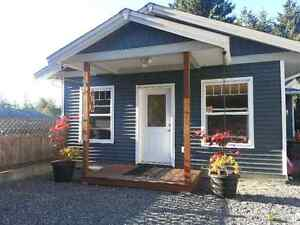1 Bedroom carriage house in Cedar for Sept 1st