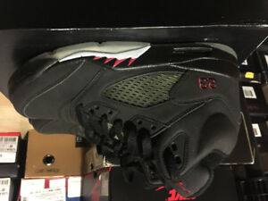 DS JORDAN 5 RAGING BULL (3M only) size 8 500$