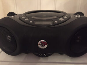 CD/Aux boombox player