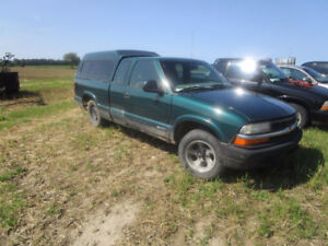 slide in camper for full size truck trade 1998 s10 Ext 2x4