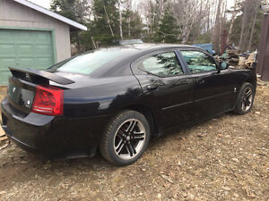 2006 Dodge Charger sxt  sunroof, leather, loaded