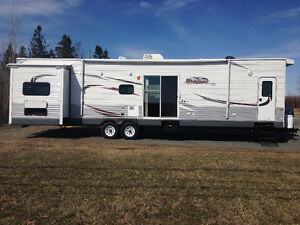 2014 JAYCO JAY FLIGHT BUNGALOW (BHS MODEL)