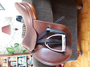 Antares 17.5 Jump Saddle for Sale