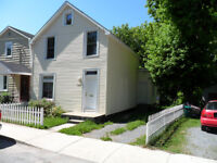 Beautiful 4 br House Downtown close to Queens,showing Thurs.
