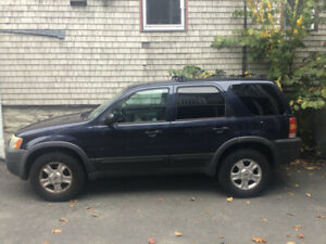Ford Escape 4x4 4 door Stationwagon Automatic