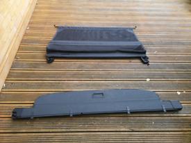Audi q7 Parcel shelf and boot partition