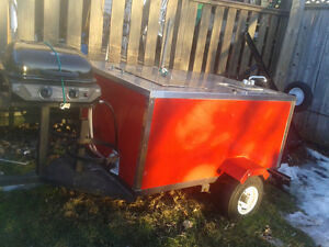 Hot Dog cart 2 yrs old ready to go