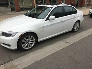 2011 BMW 3-Series 323i Sedan *BONUS FEATURES*