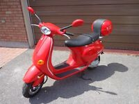 VESPA BY PIAGGIO WITH ONLY 60.7 KMS LIKE NEW !