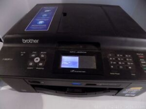 Brother MFC-J625DW Printer - good condition