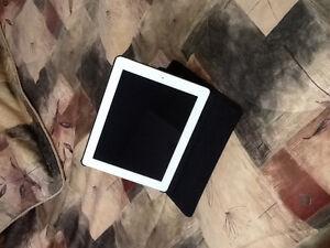iPad 2 9.7 pouces blanc avec étui neuf
