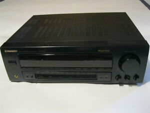 Pioneer VSX-403 Dolby Pro-Logic Stereo Receiver MINT