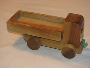 Hand-crafted Wooden Dump Truck model Edmonton Edmonton Area image 2