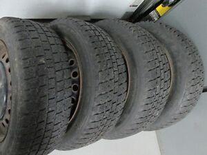 4 pneus cooper weather master 215-60-16 rims 16po 5x114.3 toyota