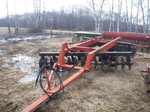 Moving Sale- lots of machinery