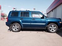 2009 Jeep Patriot 4WD 4dr Limited is very Beautiful  SUV
