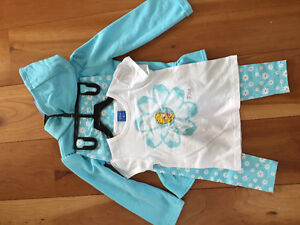New! Disney frozen 3 piece outfit size 4 Kitchener / Waterloo Kitchener Area image 2