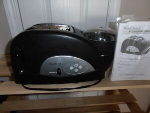 REDUCED FOR QUICK SALE   EGG & MUFFIN TOASTER