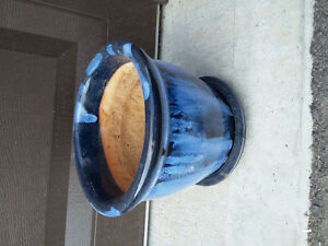 Decorative blue planter pot