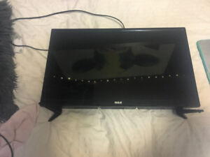 "24""  LED HD RCA tv with remote"