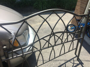 Metal Queen Size Headboard and Footboard and frame