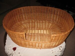 Wicker dog bed for small to medium dogs
