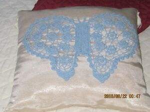 Homemade pillows and blankets Cambridge Kitchener Area image 7