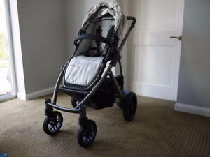 Uppa Baby Vista 2013 EUC Lindsey Wheat - Frame replaced in 2015