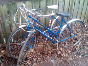 2 antique womens supercycle bikes