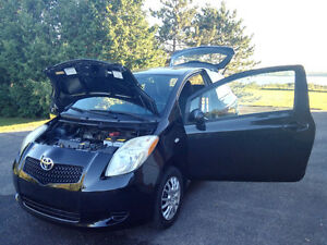 2006 Toyota Yaris CE Coupe (2 door)