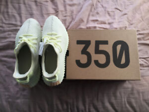 835fa13c9aa Yeezy 350 Butter - US11 DS