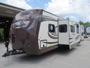 2014 Eagle 314 BDS travel trailer