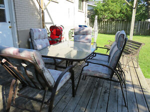 Beautiful Patio Set, 6 reclining chairs West Island Greater Montréal image 6