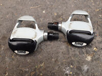 Time Road Clipless pedals in great condition