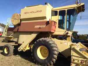 New Holland TR85 Parts Combine