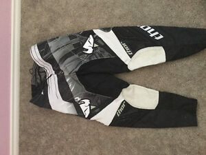 ( BRAND NEW ) dirt bike pants with matching jersey