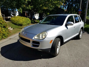 2005 Porsche Cayenne 4.5L v8 fully loaded SUV, Crossover