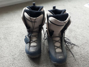 Womens snowboard boots size 9