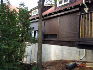 Roll Up Doors for Boathouses, Carlift Garages, Poolhouses & More