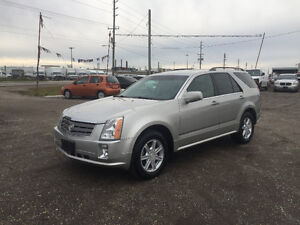2005 CADILLAC SRX AWD ★ HEATED SEATS ★ LEATHER ★ BACKUP ASSIST
