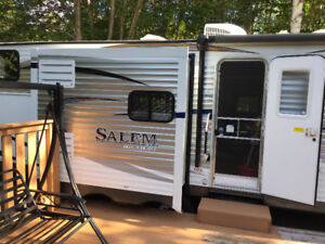 SALEM 31BKIS TRAVEL TRAILER