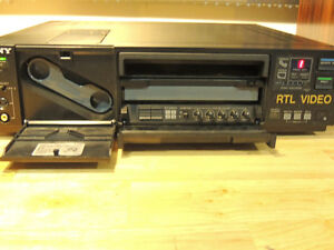 Sony Video Printer, Sony CVP-G500, Sony handycam London Ontario image 2
