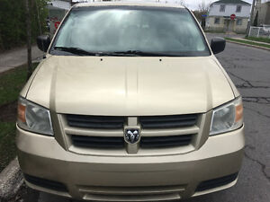 2010 Dodge Grand Caravan Handicap Camionnette