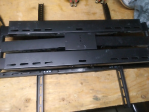 Super heavy duty flatscreen tv mount.