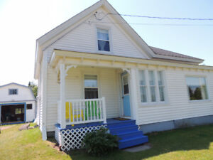 4 Bedroom summer home near Bay of Fundy - $550