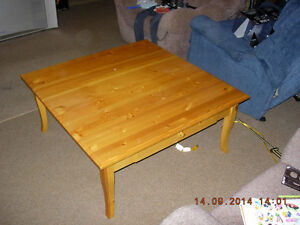 Coffee table for sale London Ontario image 4
